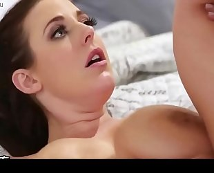 Tyler nixon honey caught jerking off by breasty maid angela white