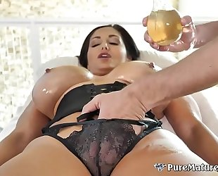 Huge titties cougar milf ava addams oiled up massage fuck