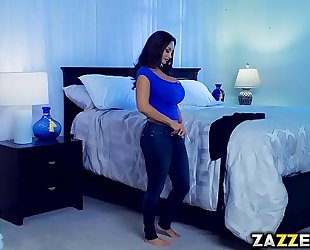 Slutty adriana bangs with milf ava in the bedroom
