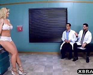 Big curves milf patient double permeated by 2 doctors