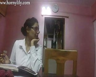 Indian aunty sex slutty lily in office hd