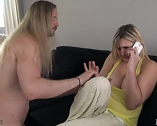 Mom acquires screwed by sleepwalking son - fifi foxx & 10-Pounder ninja
