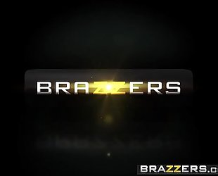 Brazzers.com - large asses like it large - (kiki minaj) - hankering for a thrashing