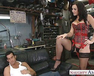 Busty brunette hair jayden jaymes engulf a giant shlong