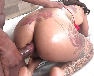 Curvaceous ebony with huge ass enjoys intense anal fuck